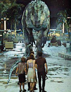 New still from 'Jurassic World'. (x) New still from 'Jurassic World'. Jurassic World Park, Jurassic Park Series, Jurassic World Fallen Kingdom, Michael Crichton, Science Fiction, Jurassic Movies, Jurrassic Park, Indominus Rex, World Movies