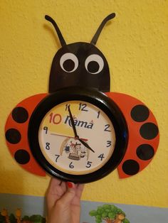 Katica csoportom , katicás órája 🐞 Clock, Wall, Home Decor, Watch, Decoration Home, Room Decor, Clocks, Walls, Home Interior Design
