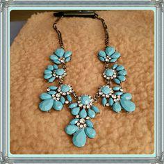 Flower Bib Choker Bohemia light blue flower bib choker chunky pendant chain statement necklace. Costume jewelry.  Material : Alloy Jewelry Necklaces