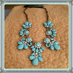 Flower Bib Choker Bohemia light blue flower bib choker chunky pendant chain statement necklace. Costume jewelry.  Material : Alloy Jewelry Necklaces