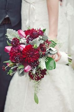 Bouquet Mint and Pomegranate inspiration | Ispirazione verde menta e rosso melograno | http://theproposalwedding.blogspot.it/