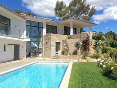 St Tropez et environs, Maison de vacances avec 4 chambres pour 11 personnes. Réservez la location 1301894 avec Abritel. Proche St Tropez, belle villa d'architecte contemporaine, vue mer, piscine