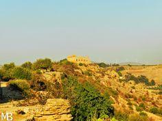 Vista sul Tempio di Giunone, nella Valle dei Templi - View of the Temple of Juno, in the Valley of the Temples
