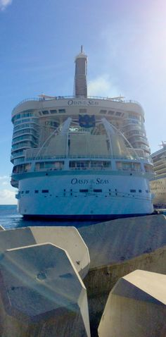 Back to the ship after a day onshore. #OasisoftheSeas