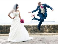 soccer wedding - Buscar con Google