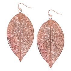 Humble Chic NY Filigree Leaf Earrings (1.625 RUB) ❤ liked on Polyvore featuring jewelry, earrings, rose gold, pendant earrings, filigree jewelry, pendant jewelry, filigree earrings and fake jewelry