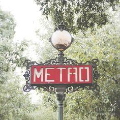 Travel Photograph - Ornate Paris Metro sign by Ivy Ho Paris Wall Art, Paris Art, Vintage Signs, Vintage Posters, Paris Metro, Paris Design, Thing 1, City Scene, Art Pages