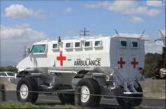 Rescue Vehicles, Army Vehicles, Armored Vehicles, Ambulance, Firefighter Paramedic, Emergency Response, Jeep 4x4, Auto Service, Emergency Vehicles