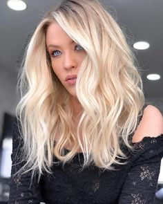 24 extra ordinary fall hair color for blondes : mustn't avoid Buttery Blonde, Creamy Blonde, Balayage Hair Blonde, Brown Blonde Hair, Blonde Brunette, Clavicut, Strawberry Blonde Hair, Natural Hair Styles, Long Hair Styles