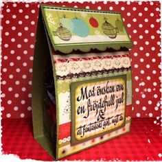 Pysseldags: Tidig liten julgåva Christmas Cards, Decorative Boxes, Scrap, Home Decor, Crates, Christmas Greetings Cards, Homemade Home Decor, Xmas Cards, Tat