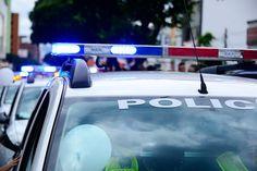 Un ventinovenne sordo, non armato, è stato ucciso da un poliziotto davanti casa…