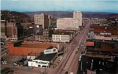 CHATTANOOGA, TENNESSEE Birdseye View Business District Baxtone 10795 postcard