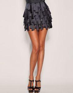 falda con volantes plegados