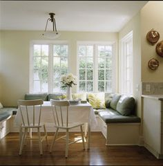 We rounded up these breakfast nook ideas to make your space a stunning spot to brunch.