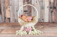 Photography props. Shorts / Diaper Cover and hat. Choose your hat style - Classic bonnet, Classic bonnet with shell trim, Knot hat, Kitten hat. Message me on your order with your hat choice. Yarn - Mohair blend. Head Circumference: Newborn - 13 inches 0 - 3 mths - 14 inches 3 - 6