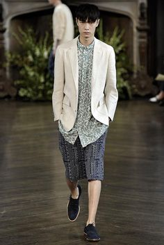 http://www.style.com/slideshows/fashion-shows/spring-2015-menswear/billy-reid/collection/6