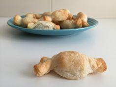 Caramelle di sfoglia con sorpresa, ricetta stuzzichini | Un Avvocato ai Fornelli
