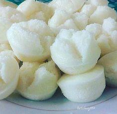 Putong Bigas (Rice puto) is very easy to make. Anyone can easily make it! All yo… Putong Bigas (Rice puto) is very easy to make. Anyone can easily make it! All you need is a blender or gilingan, bigas, gata, baking powder and sugar. Putong Bigas Recipe, Rice Puto Recipe, Filipino Puto Recipe, Putong Puti Recipe, Rice Cake Recipes, Rice Cakes, Dessert Recipes, Steam Puto Recipe, Gastronomia