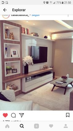White lacquer panel with woody details! Room Design, Home, House Interior, Home Deco, Home Interior Design, Interior Design, Living Room Tv Unit Designs, Living Room Designs, Living Room Tv