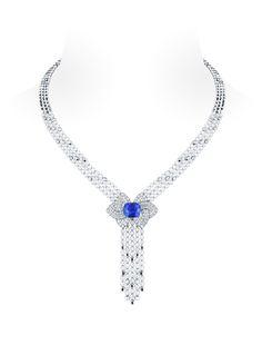 Collier en or gris, saphir et diamants. Louis Vuitton Haute Joaillerie, Collection Voyage dans le temps, Fleurs d'Éternité.