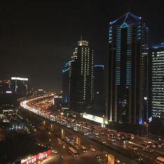 Instagram【hidepicturelife】さんの写真をピンしています。 《回想 2015.12.6 海外出張 中国上海  #夜景 #上海 #旅 #海外出張 #虹橋 #長寧区》