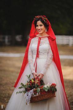 Beautiful Bride. Wedding in style Red Riding Hood.  www.iordache.md