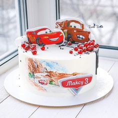 А вот и весь тортик За прянички спасибо @get_biscuit  Внутри морковный бисквит с карамелью и ванильным кремом  #glavgnom #glavgnom_cake #тортназаказмосква #тортбезмастики #carscake #dessert #desserts #food #foods #sweet #sweets #yum #mmm #hungry #dessertporn #cake #foodgasm #foodporn #delicious #foodforfoodies #instafood #yumyum #sweettooth #chocolate #icecream #soyummy #getinmybelly #tagstagrame #beautiful