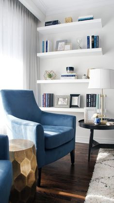 A welcoming interior living room should always make a statement! This interior d Blue And Gold Living Room, Blue Living Room Decor, Living Room Interior, Living Room Chairs, Home Living Room, Living Room Designs, Dining Room, Interior Decorating, Interior Design