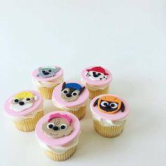 Paw Patrol cupcakes - Savvy Cakes by Lena (Sydney) Paw Patrol Party Supplies, Paw Patrol Cupcakes, Mini Cupcakes, Sydney, Desserts, Image, Fiestas, Pink, Food