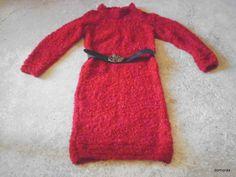 FERLA, ensfarvet kjole i uldboucle ved domoras