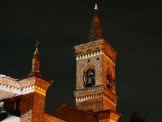 Ma che bel campanile. Di una chiesa molto famosa. Lo riconoscete? #milanodavedere Milano da Vedere