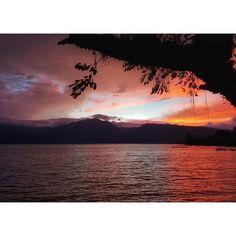 Reposting @rizkiakbar_123: Lembayung Senja di Danau Singkarak . #instagood #instatravel #instagram #travelphotography #travelpics #travelstagram #travel #tourist #tourism #wanderlust #holiday #vacation #shortvacay #shortescape #westsumatera #padang #sumaterabarat #visitpadang #visitindonesia Amazing Pictures, Celestial, Sunset, Outdoor, Travel, Sunsets, Outdoors, Viajes, Destinations