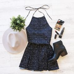 Who do you want to have breakfast with in this outfit this weekend? Entertainer Dress Black Spot (exclusive) + Pocket Hat - shop www.bb.com.au/new #TeamBB @stefanmakeup