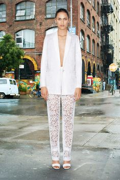 See the complete Givenchy Resort 2014 collection.