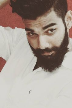 Daily Dose of Awesome Beard Styles From Beardoholic.com Full Beard, Beard Styles For Men, Awesome Beards, Bearded Men, Shaving, Style Ideas, Traditional, Random, Sexy