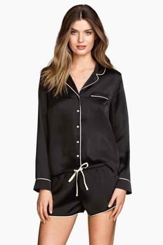 Pijama de satén   H&M 25€