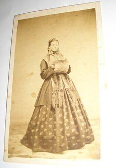1860s Civil War Era CDV of Young Lady in Winter Attire Muff Fur Cape Bonnet Nice | eBay