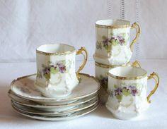 Tasses anciennes en porcelaine  de Limoges par FrenchDecoChic