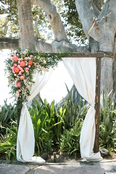 Tropical wedding arch: http://www.stylemepretty.com/little-black-book-blog/2017/03/08/colorful-destination-maui-wedding/ Photography: Jasmine Lee - http://jasmineleephotography.com/