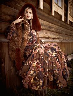 "Photoshoot ""Holy lynx"" magazine - of Vogue Russia November 2011 model - Marina Linchuk (Maryna Linchuk) photographer - Mariano Vivanco Bohemian Style, Boho Chic, Bohemian Lifestyle, Bohemian Fashion, Boho Gypsy, Hippie Boho, Miss Pandora, Style Russe, Louise Ebel"
