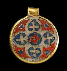 Gorny and Mosch Cloisonné technique. L Round pendant with a wide . Medieval Jewelry, Viking Jewelry, Ancient Jewelry, Medieval Art, Enamel Jewelry, Antique Jewelry, Gold Jewelry, Jewelery, Vintage Jewelry