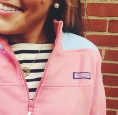 Vineyard vines - pink and stripes and gold and pearls