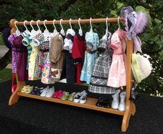 Hey, diesen tollen Etsy-Artikel fand ich bei https://www.etsy.com/de/listing/82798377/american-girl-doll-30-inch-clothes-bar