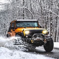 @bensproject has built this amazing jeep that one would die for!  Purposely kicking up snow because why not?  Tag your pics and videos with @wheelsguru to be featured. Follow #wheelsguru @shahnawazkarim  Check our page: http://ift.tt/2c7NjU3 click the link in the bio  wheelsguru.com  #JustJeepThings #follow #followme #jeepbeef #jeepjk #jeeplife #jeeper #jeepfreeks #jeeping #offroadnation #offroad #auto #suv #supercharged #jku #jk #cj #yj #jeepcraze