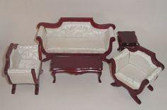 Farve: Mahogni Sofa: 15,5 cm lang