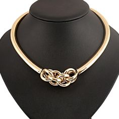 ✨ Host Pick ✨ Golden Statement Necklace Beautiful and new! Jewelry Necklaces