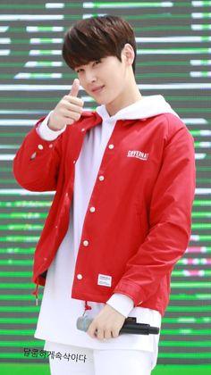 [23.04.16] Sharing Hope 1m 1won Charity Walk Event - EunWoo