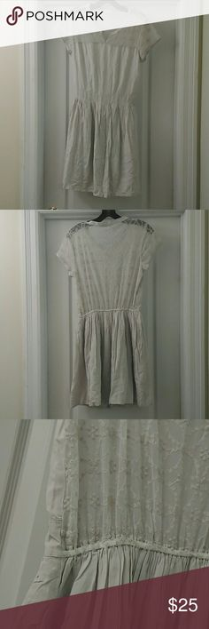 NWOT Abercrombie & Fitch Lace Dress Brand new without tags, never been worn Abercrombie  & Fitch lace and cotton dress. Features sheer lace at shoulders and on back, waist band cinches waist, pleats give skirt an a line shape. Off white, light gray color gorgeous with tights, boots and a sweater for winter or with strappy sandals for summer. Size L, but can also fit a medium. Open to offers. Abercrombie & Fitch Dresses