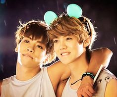 Jonghyun (Shinee) and Luhan (exo) <3 saranghae