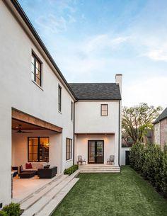 Exterior | Robert Elliott Custom Homes